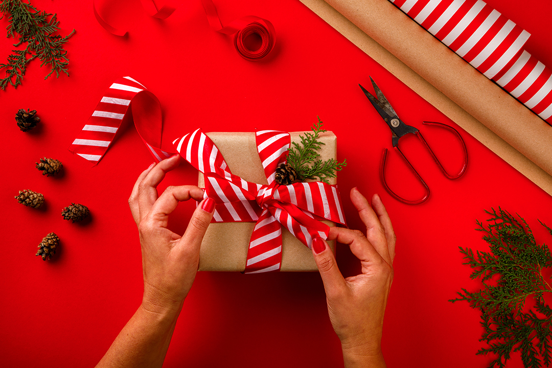 Eco Friendly Gift Wrapping That Isn't Boring AF