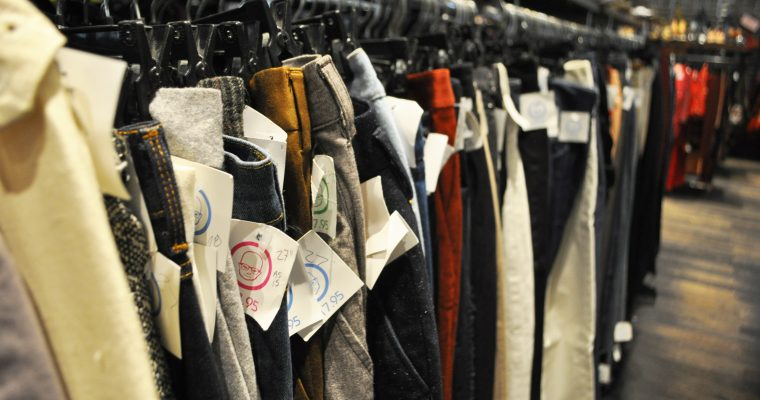 5 Tips for Thrifting: Sustainable Shopping 101