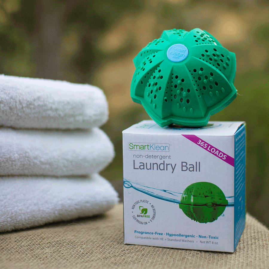 Image of a laundry ball resting on its box