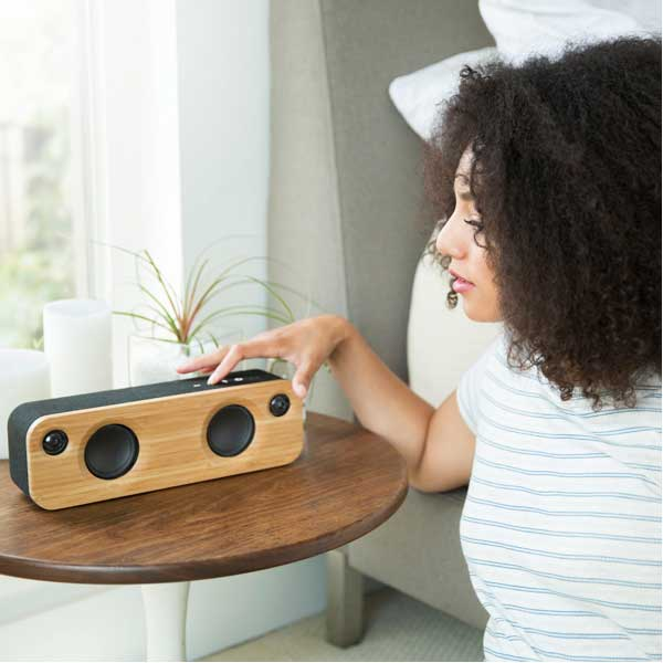 Image of a set of wood radio speakers