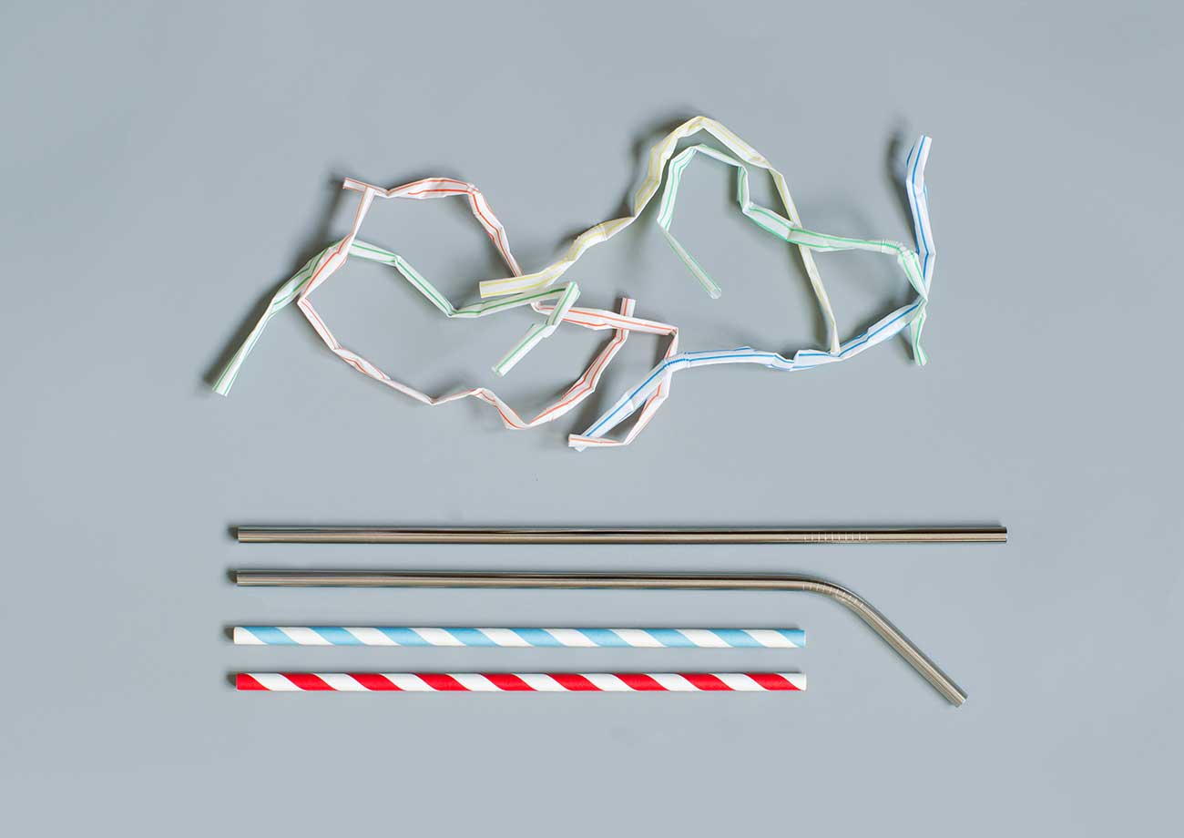 Image of plastic and reusable straws